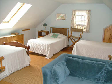 Wellfleet Cape Cod vacation rental - Dorm Bedroom