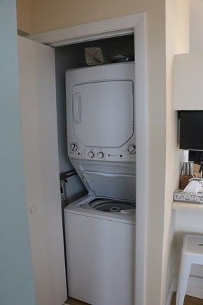 Eastham, Bay Side, North of Campground  Cape Cod vacation rental - Washer and dryer.