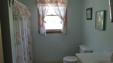 Eastham Cape Cod vacation rental - Upstairs Bathroom