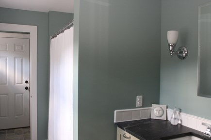 Truro Cape Cod vacation rental - Full Bathroom