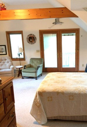 Orleans Cape Cod vacation rental - There are two comfortable armchairs and a library.