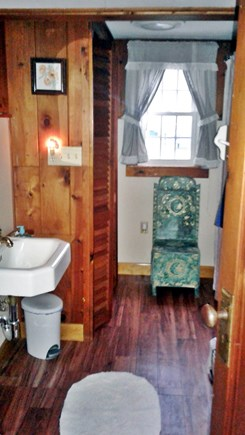 Eastham Cape Cod vacation rental - Full bathroom, off kitchen,Tub and shower