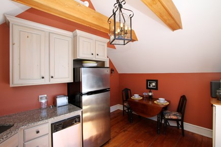 Wellfleet, Wellflleet Cape Cod vacation rental - Kitchen and eating area