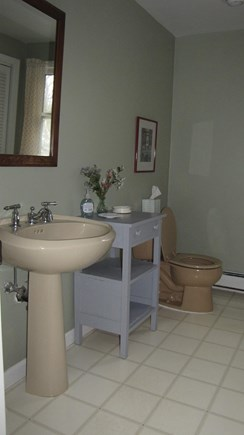 Truro Cape Cod vacation rental - Bath