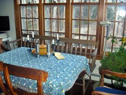 Woods Hole, Nobska Point Woods Hole vacation rental - Kitchen Table