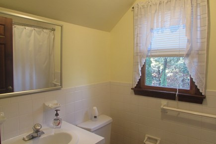 Chatham, near Hardings Beach Cape Cod vacation rental - Full Bath, First Floor