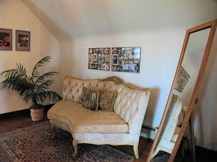 Orleans Cape Cod vacation rental - Sitting area (head of stairs)