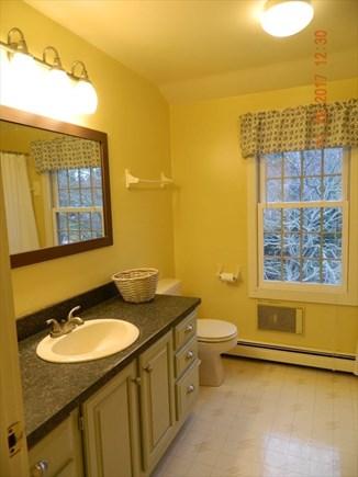 Brewster Cape Cod vacation rental - Upstairs bath
