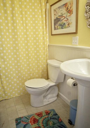 Hyannis Port Cape Cod vacation rental - Bath 2 has tub and shower.