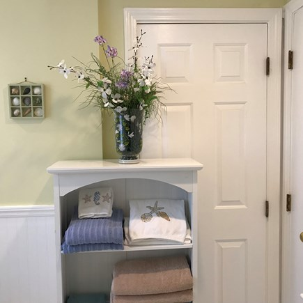 South Yarmouth Cape Cod vacation rental - Towels and linens included