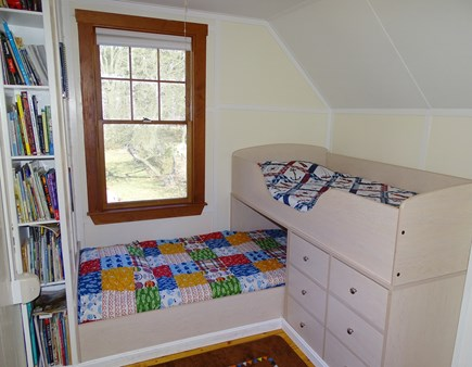 Wellfleet Cape Cod vacation rental - Every kid will love the low loft-style beds with toys and books