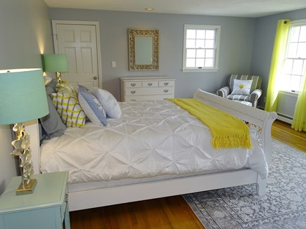 Mashpee, Popponesset Cape Cod vacation rental - Upstairs queen bedroom