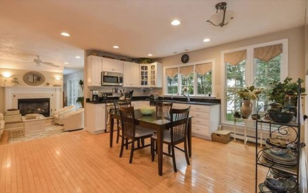 Marstons Mills Marstons Mills vacation rental - Eat in kitchen with all ammenities
