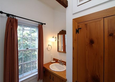 Orleans Cape Cod vacation rental - 3rd Bathroom