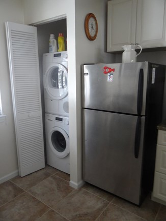 Brewster Cape Cod vacation rental - Washer dryer unit.