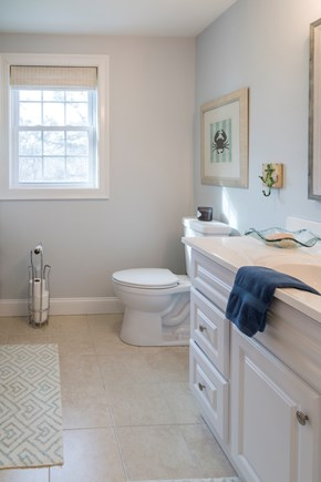 Chatham Cape Cod vacation rental - Full Guest Bath - Second Floor