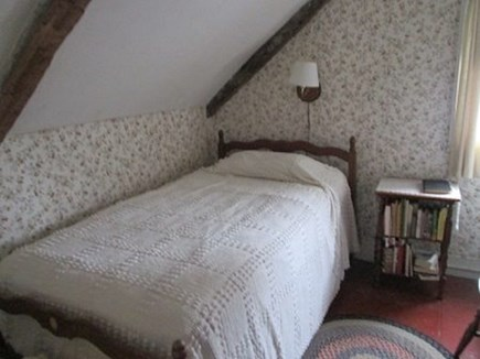 Wellfleet Cape Cod vacation rental - 2 Upstairs Bedrooms have 1 Twin in each