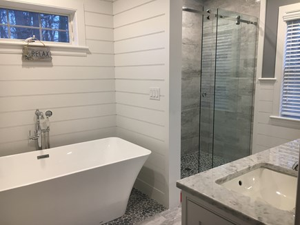 Wellfleet Cape Cod vacation rental - Master en suite with soaking tub, tile shower, walk into closet.