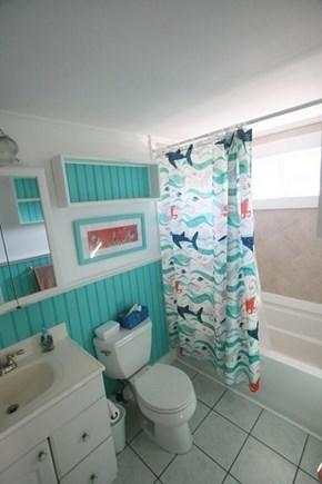 West Dennis / Dennisport Cape Cod vacation rental - Full Bathroom