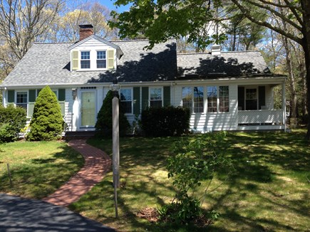 Falmouth, Teaticket Cape Cod vacation rental - Front view from street