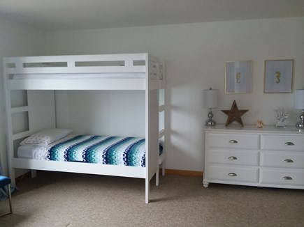 Dennis Cape Cod vacation rental - Totaling 4 twin in bedroom 3