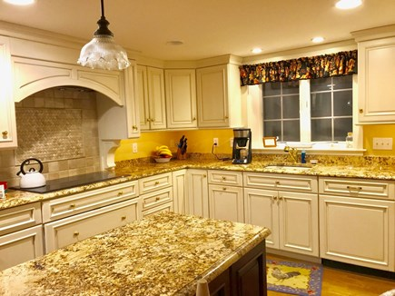 Harwichport, just across from  Cape Cod vacation rental - Kitchen