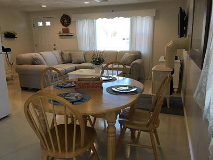 Sandwich Cape Cod vacation rental - Kitchen Table w/ View of Living Room