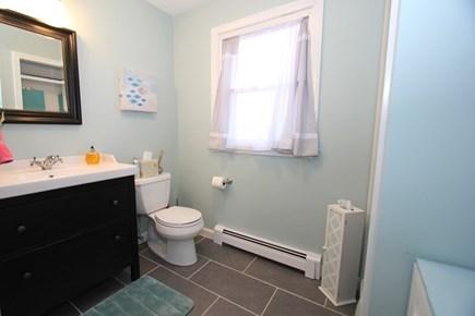 Mashpee Cape Cod vacation rental - Half Bath