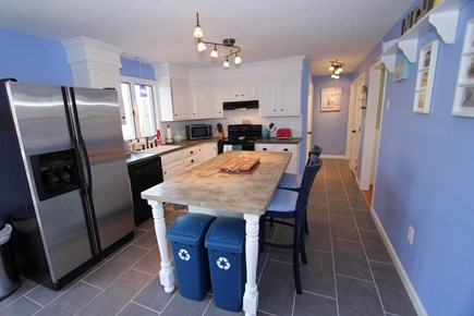 Mashpee Cape Cod vacation rental - Full Kitchen