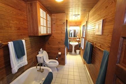 Plymouth MA vacation rental - First Floor Bath