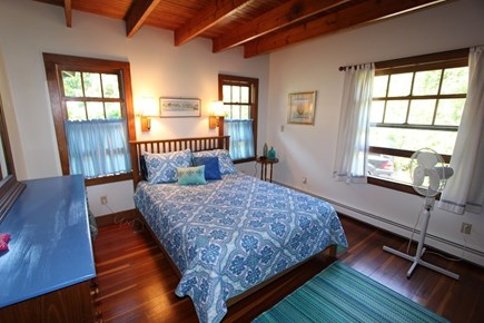 Plymouth MA vacation rental - Bedroom 1 w/ Queen
