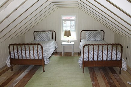 Falmouth Cape Cod vacation rental - Loft with twin beds