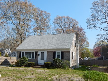 Falmouth Cape Cod vacation rental - A quick walk to beaches!