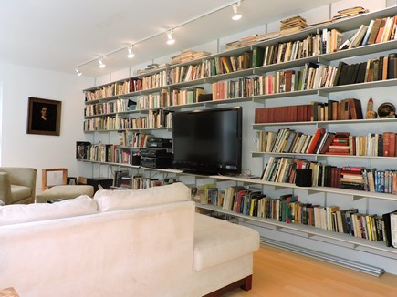 Woods Hole Woods Hole vacation rental - Library in Media Room
