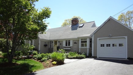 Orleans Cape Cod vacation rental - House & Garage