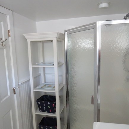 Cape Cod Bay @ Eastham Cape Cod vacation rental - Bathroom shorwer