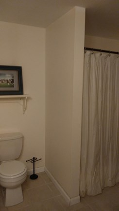Centerville Centerville vacation rental - Second floor Bath (with tub/shower on each side)