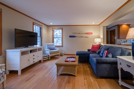 New Seabury, Mashpee New Seabury vacation rental - Wi-Fi TV, ample seating in the living room