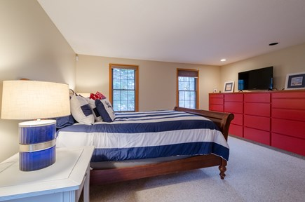 New Seabury, Mashpee New Seabury vacation rental - Built in dresser, Wi-Fi TV
