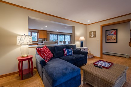 New Seabury, Mashpee New Seabury vacation rental - Cozy couch, board games available