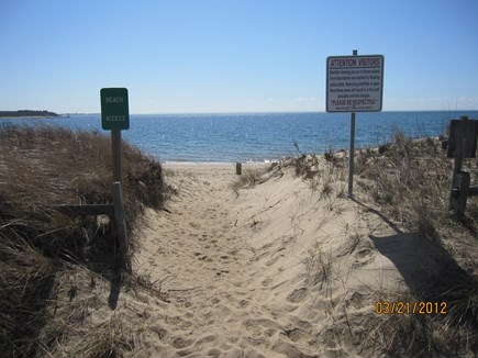 Wellfleet Cape Cod vacation rental - 20 Steps to the Beach
