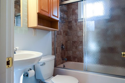 Barnstable Cape Cod vacation rental - Full bathroom on main level with shower/tub combination
