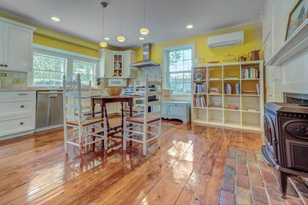 Barnstable, Cotuit Cape Cod vacation rental - Unleash your inner master chef in this kitchen