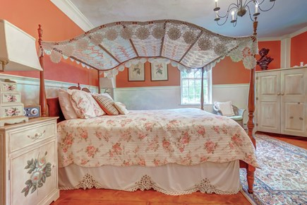 Barnstable, Cotuit Cape Cod vacation rental - Sleep in late in this cozy bed
