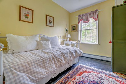Barnstable, Cotuit Cape Cod vacation rental - Snuggle under the covers in the bedroom