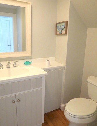 Brewster Cape Cod vacation rental - Private en suite master bath
