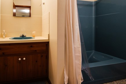 Dennis Cape Cod vacation rental - Full bathroom complete with tub