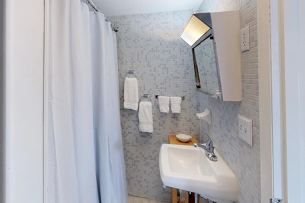 Orleans Cape Cod vacation rental - Get washed and ready for the day in this bathroom.
