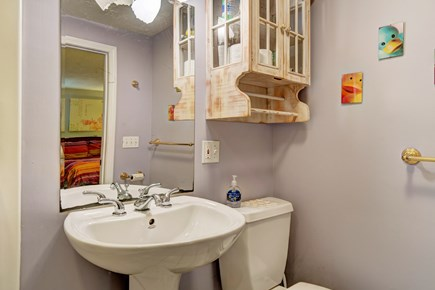 Provincetown Cape Cod vacation rental - Get washed and ready for the day in this second full bathroom.