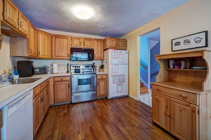 Provincetown Cape Cod vacation rental - Cook up some fresh seafood in this fully equipped kitchen.